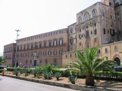 palazzo-dei-normanni-sede-dellassemblea-regionale-siciliana